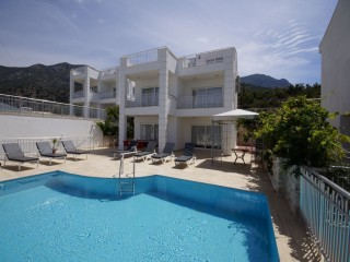 4 bedroom villa in Kisla Kalkan with sea view and close to centre