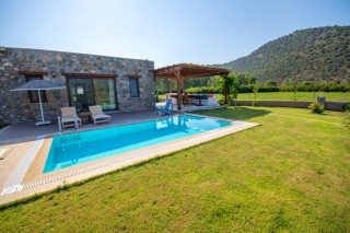 2 bedroom villa in kayakoy with private pool