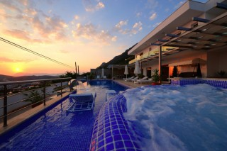 KVilla Tiger,is a luxury villa in Kalkan Turkey overlooking sea.