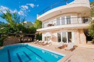 Villa Sari
