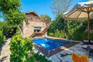 Levissi Lodge 1 Bedroom Luxury Honeymoon Villa in Kayaköy