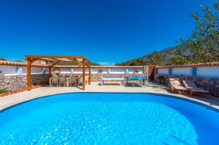 4 bedroom villa in Hisaronu with secluded pool, sleeps 7 people