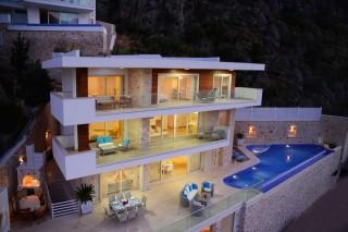 Villa Turkuaz 6 bedroom luxury villa in Kisla area of Kalkan