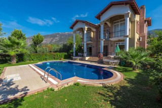 Villa Pegasus, 3 Bedroom Villa in Ovacik with Swimming Pool