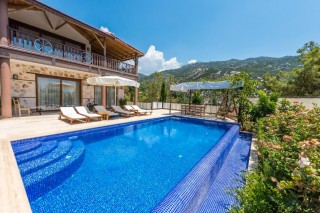 3 bedroom beautiful villa in islamlar with wheelchair access