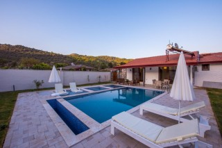 2 bedroom secluded villa in Kaykoy with private swimming pool