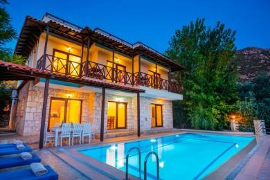 Villa Maksi
