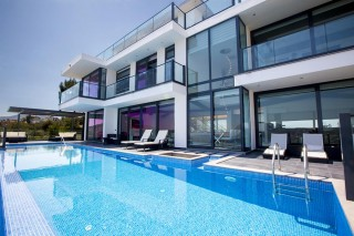 5 bedroom luxury villa in Kalkan with private pool and sea views
